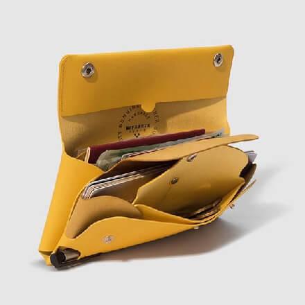 ファブリックのパスポートケース