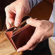 テセウス 財布