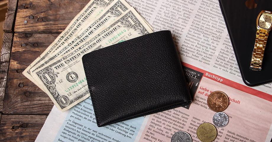 スガタ(sugata) 収める納まる 二つ折財布