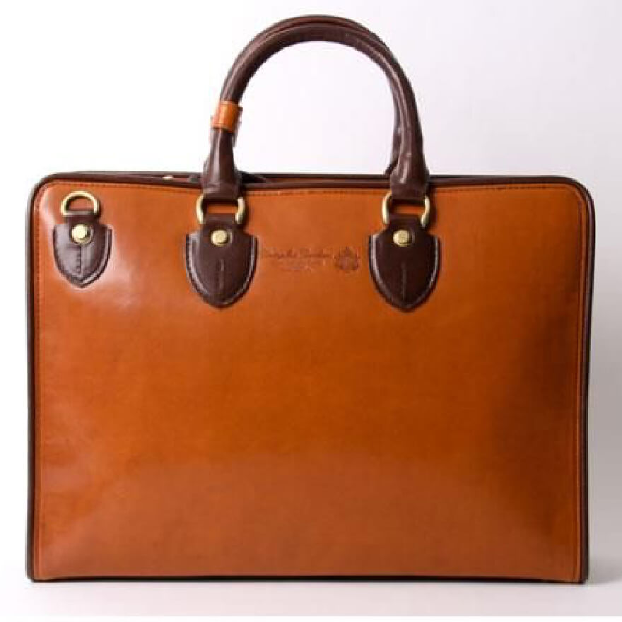 60000円のビジネスバッグ