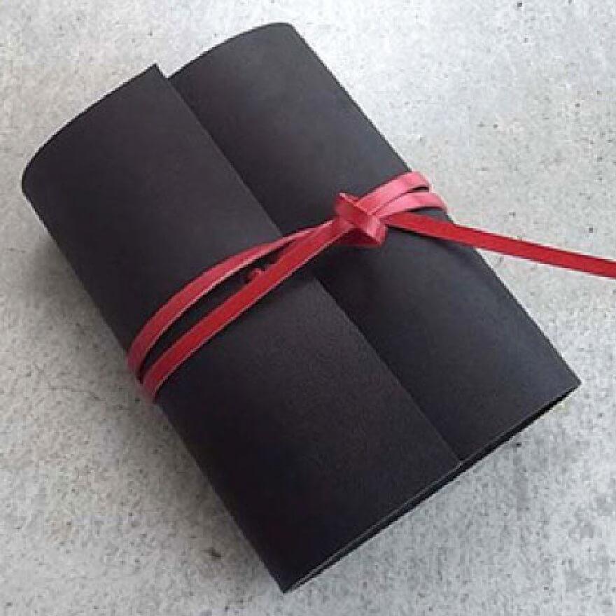 5000円の手帳カバー