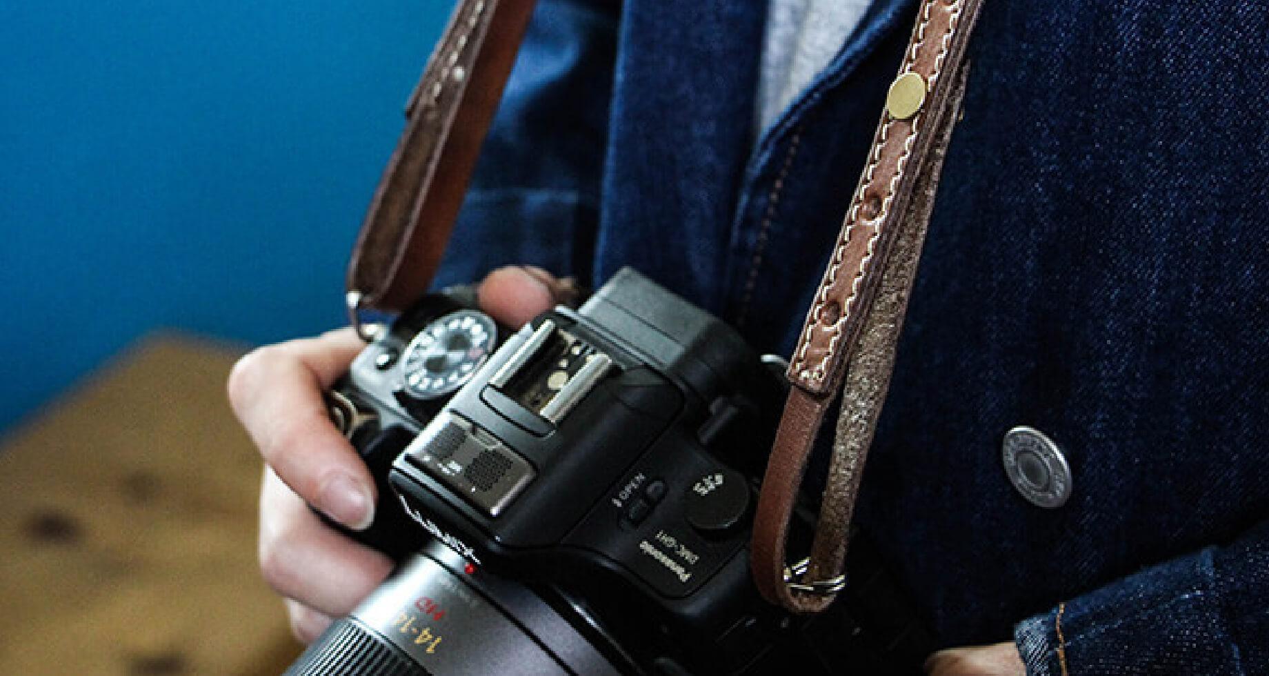 ブラウンブラウン レザーカメラストラップ
